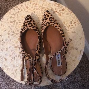 Leopard print pointy strappy flats ( never worn)